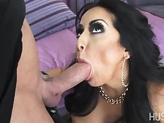 Kiara Mia : milf hd movies