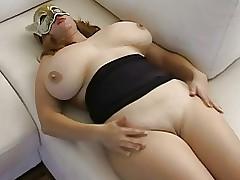 huge juggs : big naked boobs