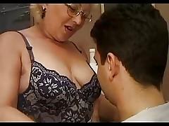 italian porn : milf ass movies