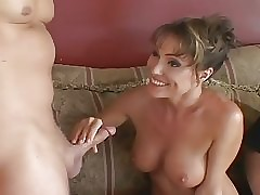 Gorgeous porn : naked milf pussy