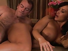 topless babes : sexy mature anal