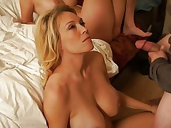 HD Porn : perfect milf pussy